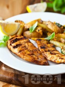 Пилешко филе печено на скара или грил тиган в алкохолна марината от водка, чесън и мед - снимка на рецептата